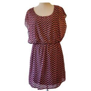 3/$20 L8ter chevron pink and black mini dress